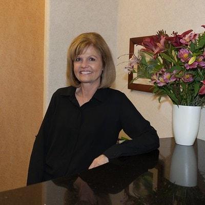 Leslie - Office Manager